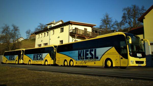busreisen-kiesl-logo-2016-dsc00210-fciiso150-1920D86BCDDA-FC11-EA9D-FCA9-16FB1338BA4F.jpg