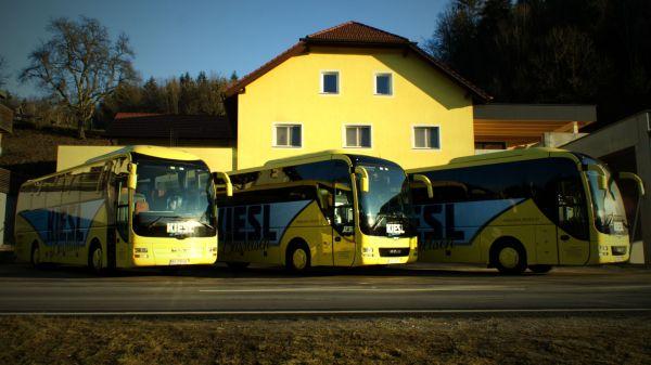 busreisen-kiesl-logo-2016-dsc00233-1920C86EF30B-EB0F-FD41-F2F6-3AB620827AC8.jpg