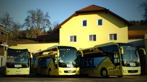 busreisen-kiesl-logo-2016-dsc00242-192027C2ED8F-A9F8-FBCA-3680-FEB6B3A07BD4.jpg