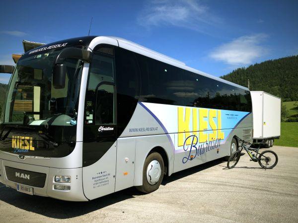 busreisen-kiesl-og-img_4550-fci-iso150-vign-44-66C1642868-7DD1-7786-EA8D-45367542246A.jpg